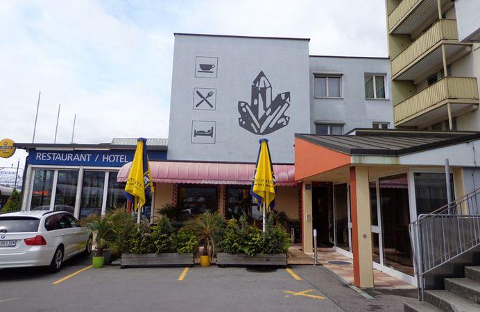 Hotel Restaurant Kristall - Schwyz