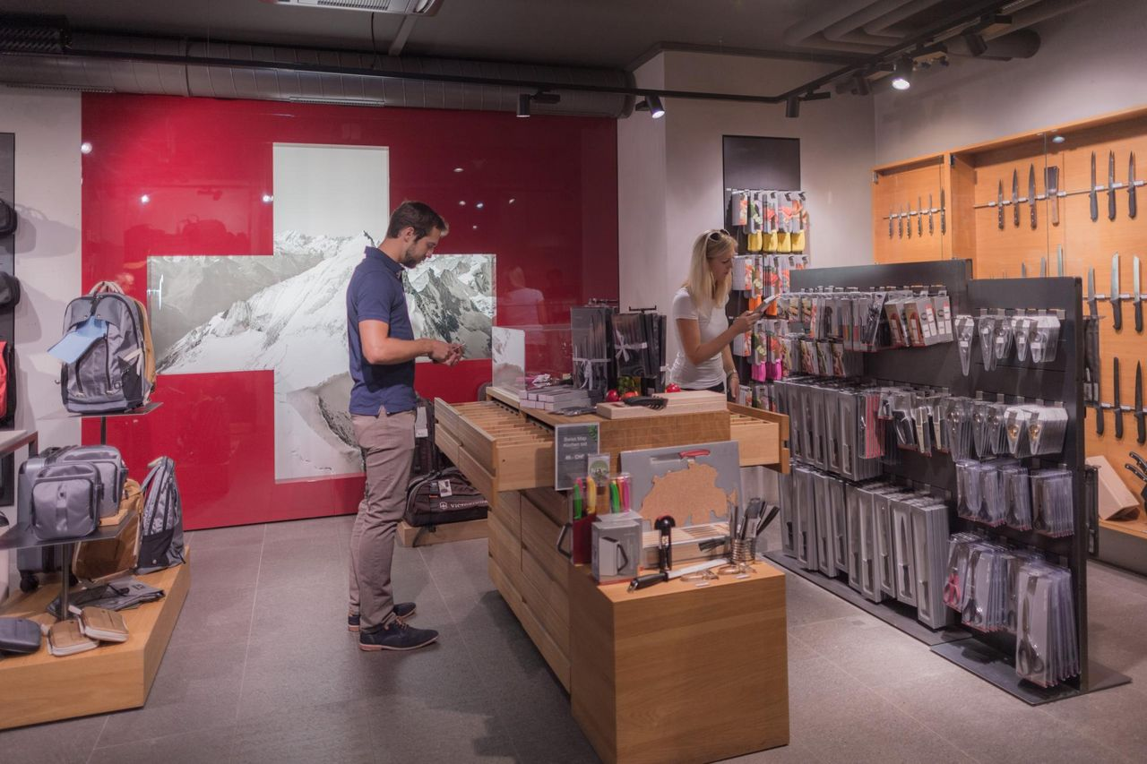 Victorinox Brand Store Brunnen