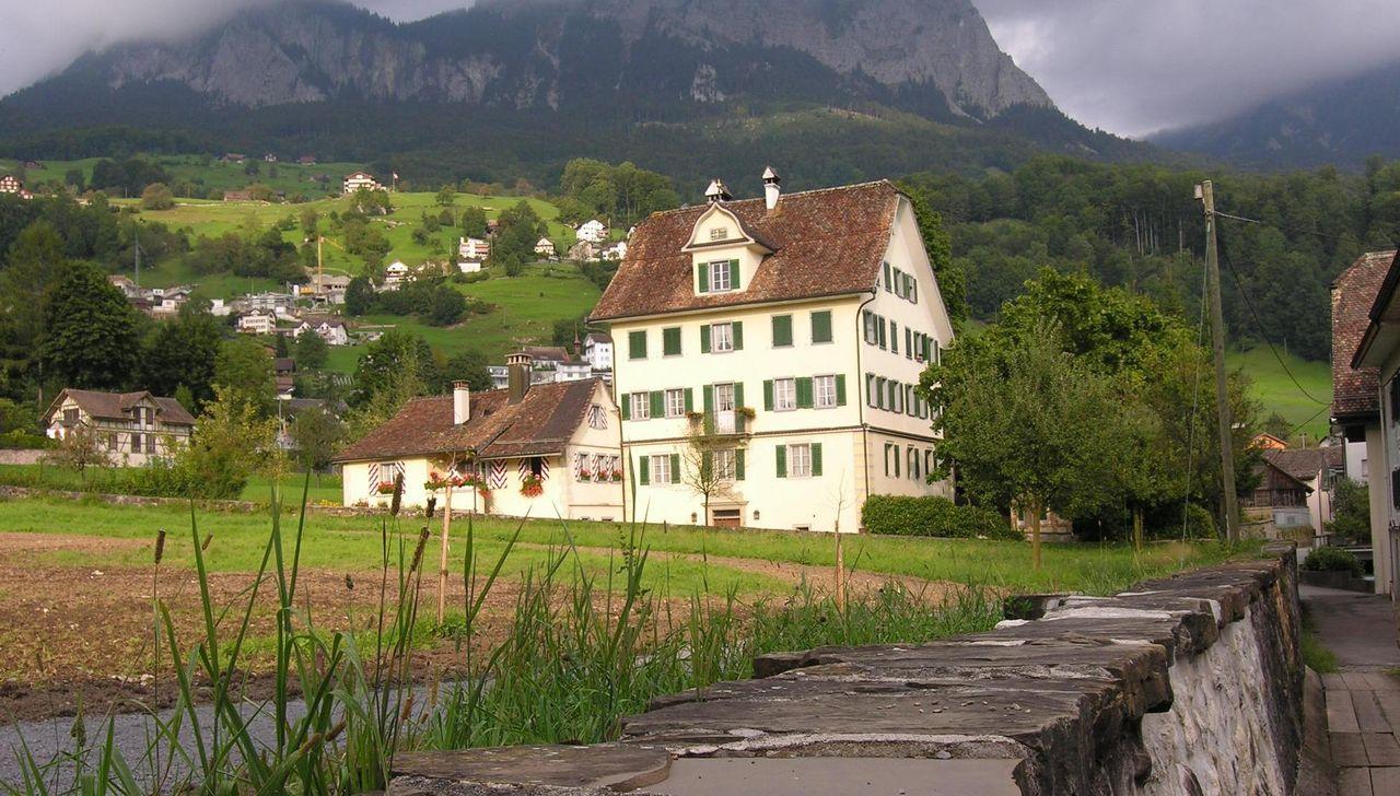 Führung der Schwyzer Herrenhäuser Erlebnisregion Mythen