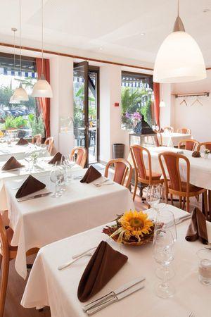 Restaurant Schmidstubli, Brunnen