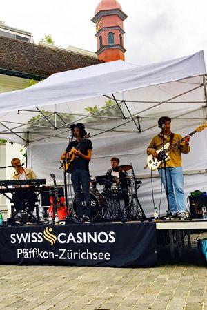 Brunnen LIVE-Bühne / 03.07.-29.08.20