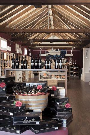 SCHULER specialist wine shop in Seewen