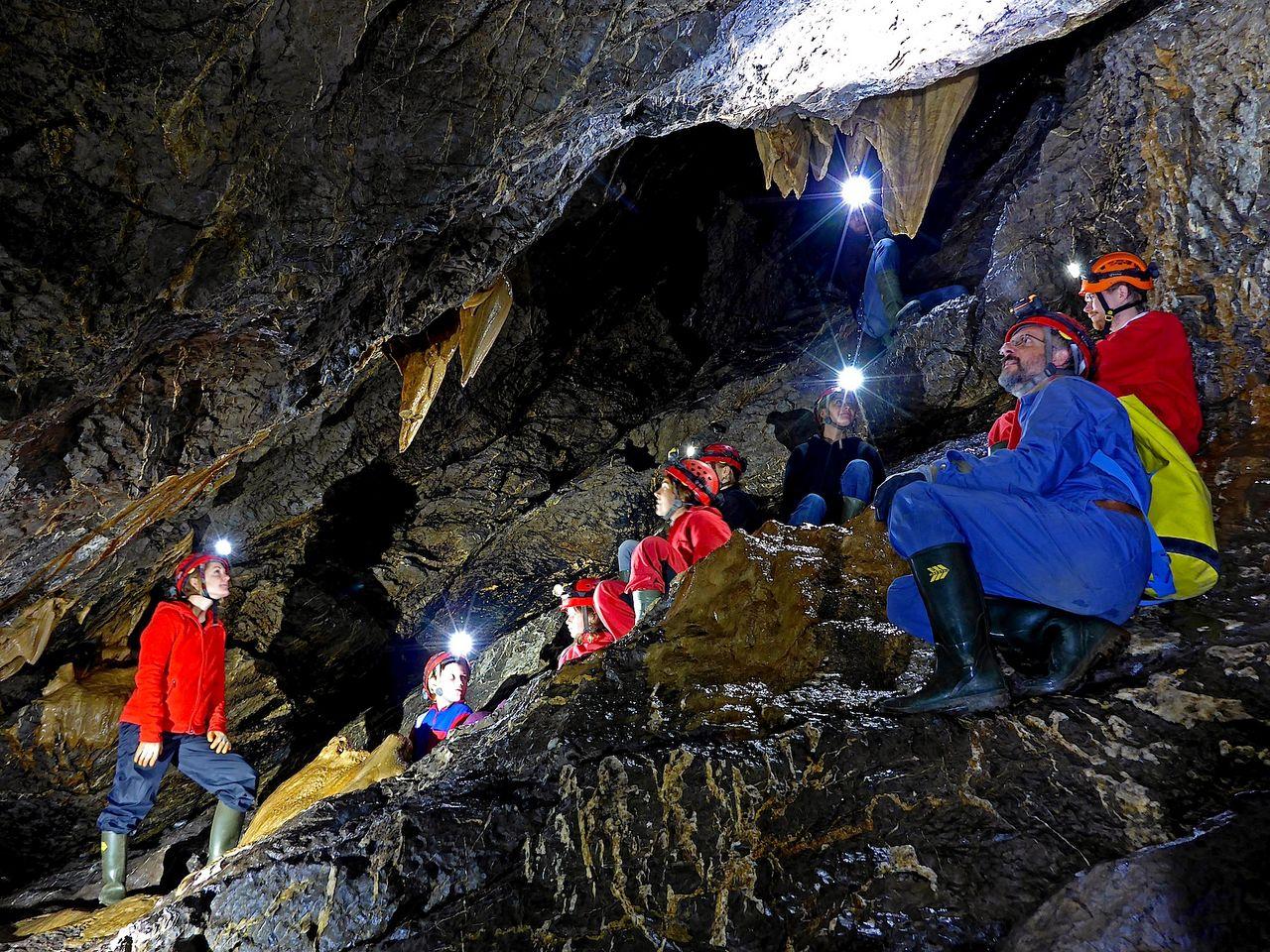 Hölloch-Höhlen, Muotatal