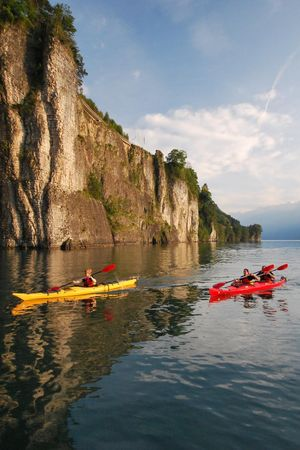 Canoe tours in Brunnen on Lake Lucerne