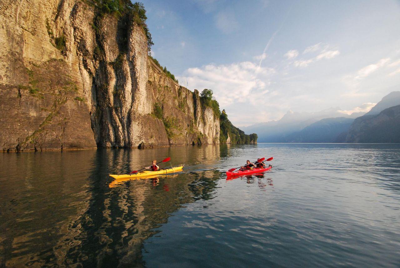 Canoe tours in Brunnen on Lake Lucerne